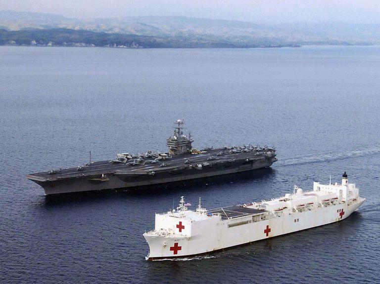 美国海军慈悲级医疗舰 (安慰号细节导览)